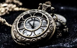 thumb2-old-clock-time-pocket-watch-close-up