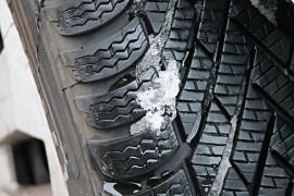 winter-tires-3198543__340