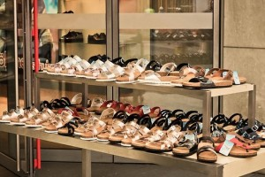 изгодни сандали