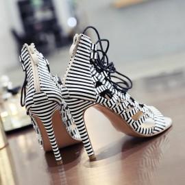 модни сандали